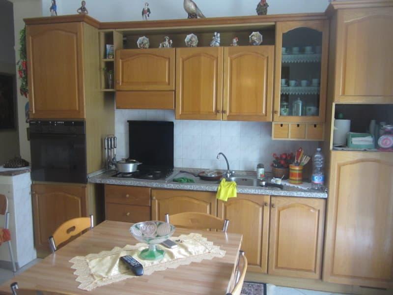 Vendesi appartamento parghelia agenzia immobiliare for Vendesi appartamento